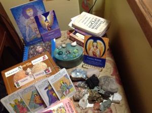 This is how my personal spiritual altar looked on the day I received the good news about my novel manuscript  from my now-publisher. Note the Creative Writing card from Archangel  Gabriel and the Victory card from Archangel Sandalphon that  I'd drawn early that morning, as is my routine. Creative Writing Victory! Hurray for angel blessings!