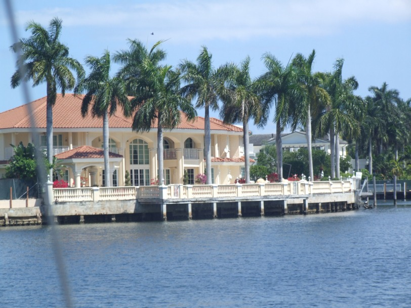 LaDeeDah Landscape: The waterfront palaces that line the canals of Lauderdale are ripe for gawking. Maybe that's why we missed the turn into Lake Sylvia.